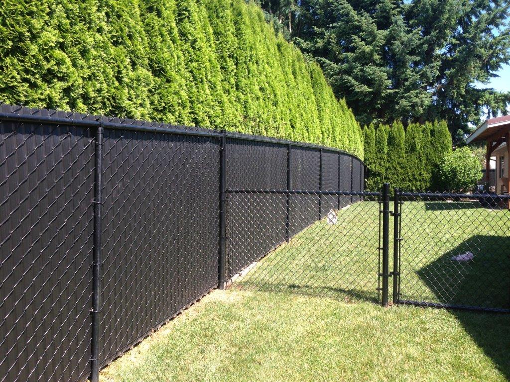 Metal Fence Edmonton | Commercial Chain Link Fence | Construction ...